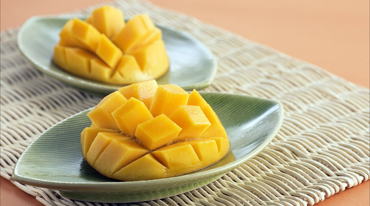 Как выбрать манго в магазине спелый