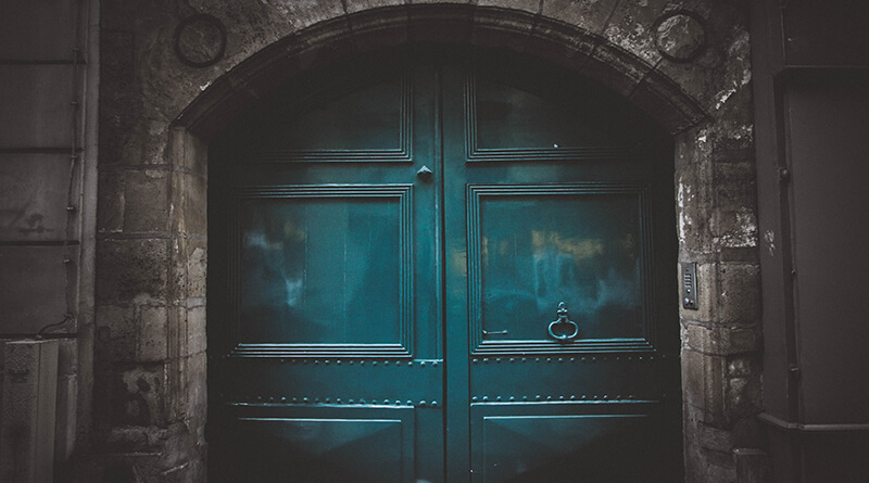 Как выбрать входную дверь в квартиру или дом